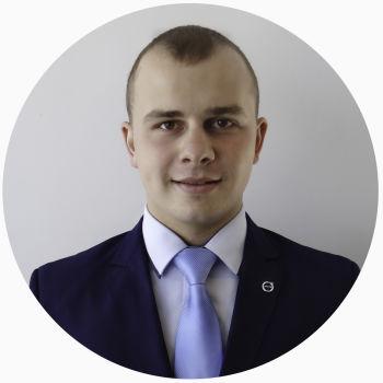Роман Обревко Менеджер із продажу